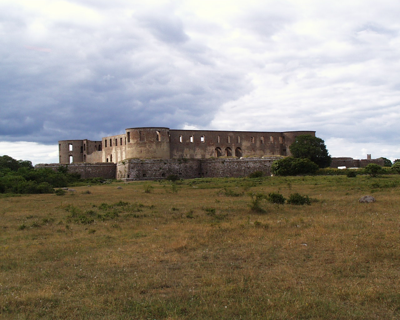 Borgholm slott sett fra hovedveien